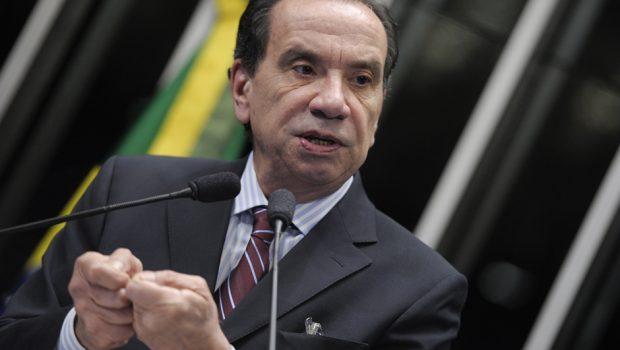 Ministros Aloysio Nunes e Bruno Araújo estão com carta de demissão pronta