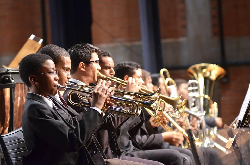Orquestra Sinfônica Jovem de Goiás apresenta concerto no Teatro Basileu França