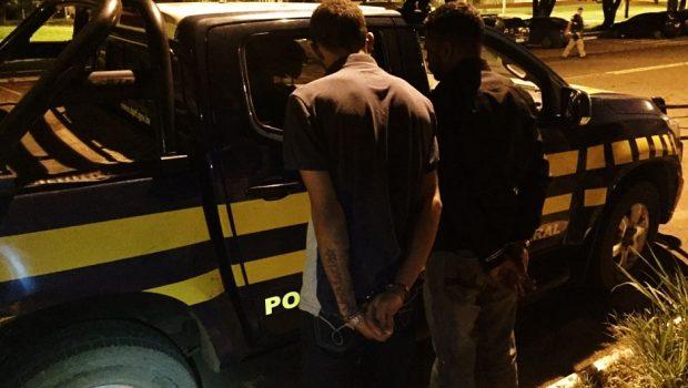 Veículo que seria trocado por drogas no Paraguai é recuperado PRF em Jataí