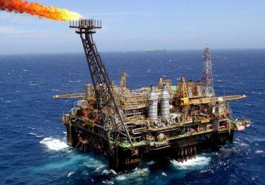 Princípio de incêndio paralisa produção em plataforma do pré-sal
