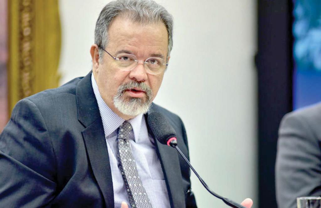 'Pôr Exército na rua é dar férias a bandidos', diz ministro