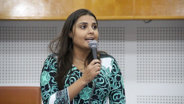 Vereadora propõe que empresas do transporte coletivo coloquem película térmica nos ônibus