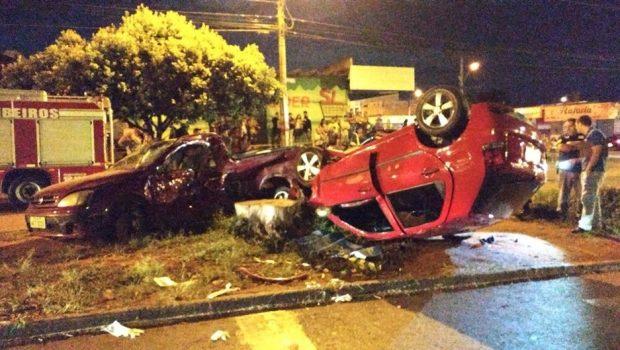 Motorista envolvido em acidente no Setor Vera Cruz II teria ingerido bebidas alcoólicas