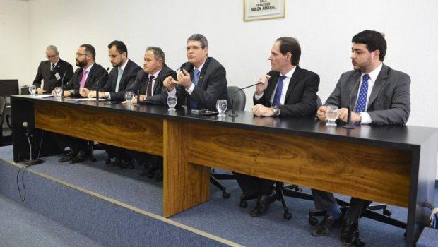 PEC do Teto de Gastos: após consenso com o governo estadual, deputados retiram voto em separado