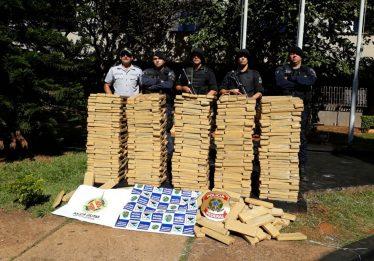 PF e PM apreendem 680 kg de maconha em Chapadão do Céu