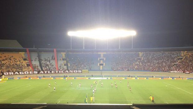 Flamengo vence Atlético e segue na Copa do Brasil