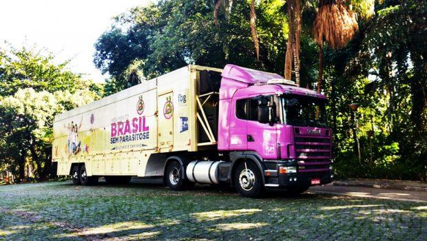 Aparecida de Goiânia recebe atendimento médico gratuito para doenças gastrointestinais e parasitológicas