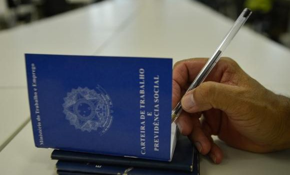 Feira de Comércio, Indústria e Logística oferece vagas de emprego em Aparecida de Goiânia