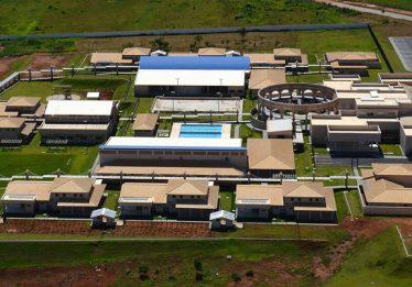 TCE aponta superfaturamento de mais de R$ 5 milhões em obras de Credeqs em Goiás