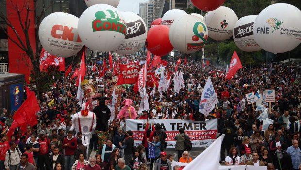 Centrais farão pressão em Brasília contra reformas na próxima semana