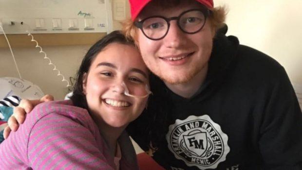 Ed Sheeran visita fã doente em Curitiba