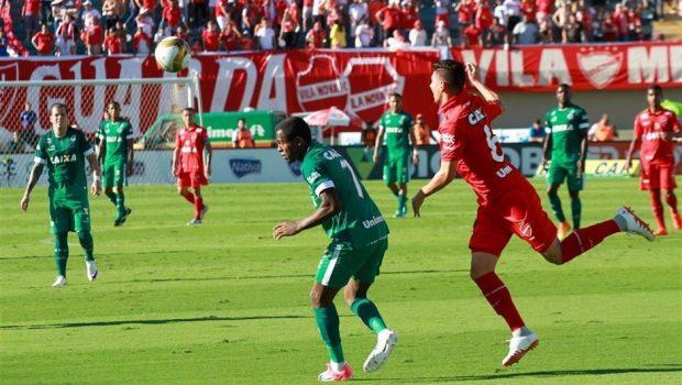 Goiás e Vila realizam último treino antes da final do Goianão