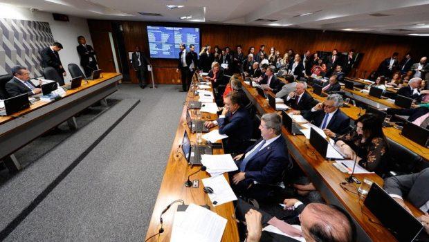 CCJ aprova PEC de eleição direta, mas projeto não estabelece vigência imediata
