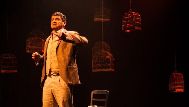 Ator carioca apresenta peça Leréias – Histórias Contadas por Eles Mesmos