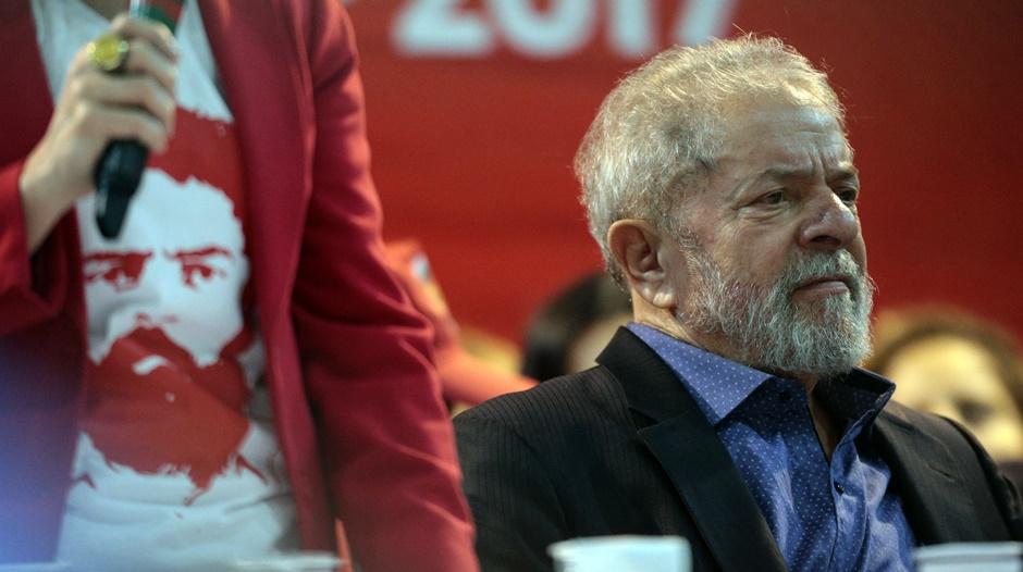 PT abre Congresso defendendo candidatura de Lula