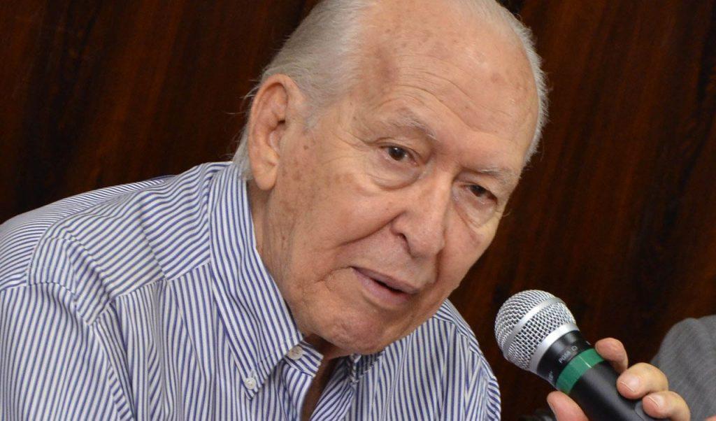 Morre Nion Albernaz, ex-prefeito de Goiânia, aos 87 anos