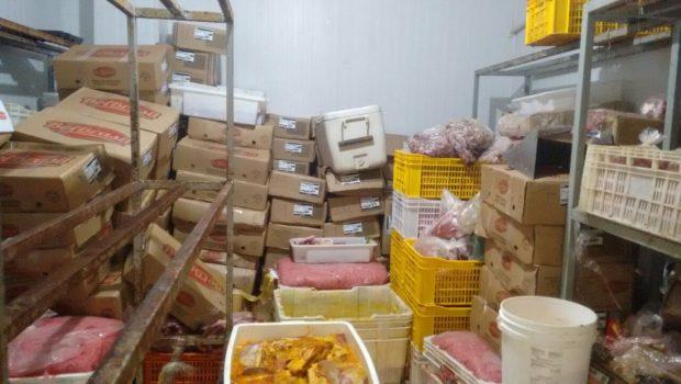 Dono e gerente de rede de distribuidora de carnes são presos por comercializarem produtos roubados