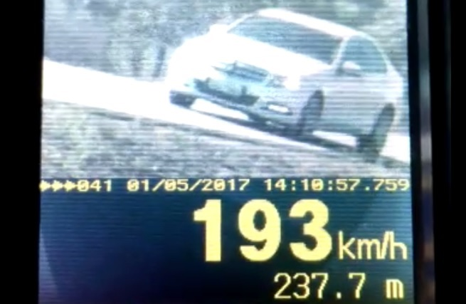 Veículos são flagrados a mais de 180 km/h em rodovias federais em Goiás