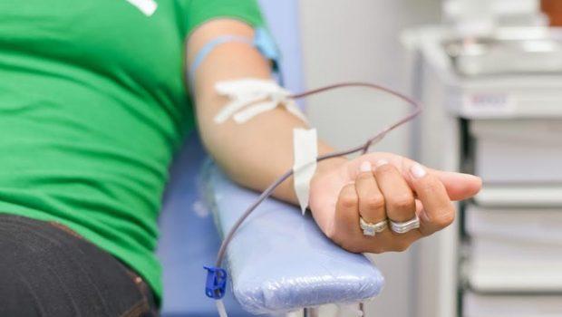 STF adia decisão sobre restrição a doação de sangue por homossexuais