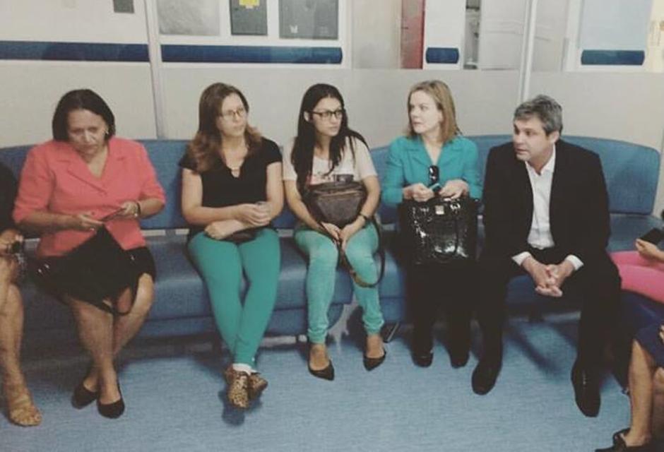 Senadores visitam Hugo em solidariedade a Mateus Ferreira