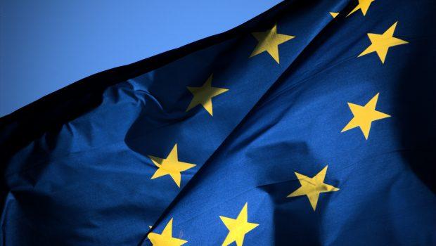 Comissão Europeia diz que os 27 integrantes devem decidir destino do bloco