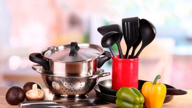 Loja aumenta preços para que utensílios domésticos não sejam dados às mães