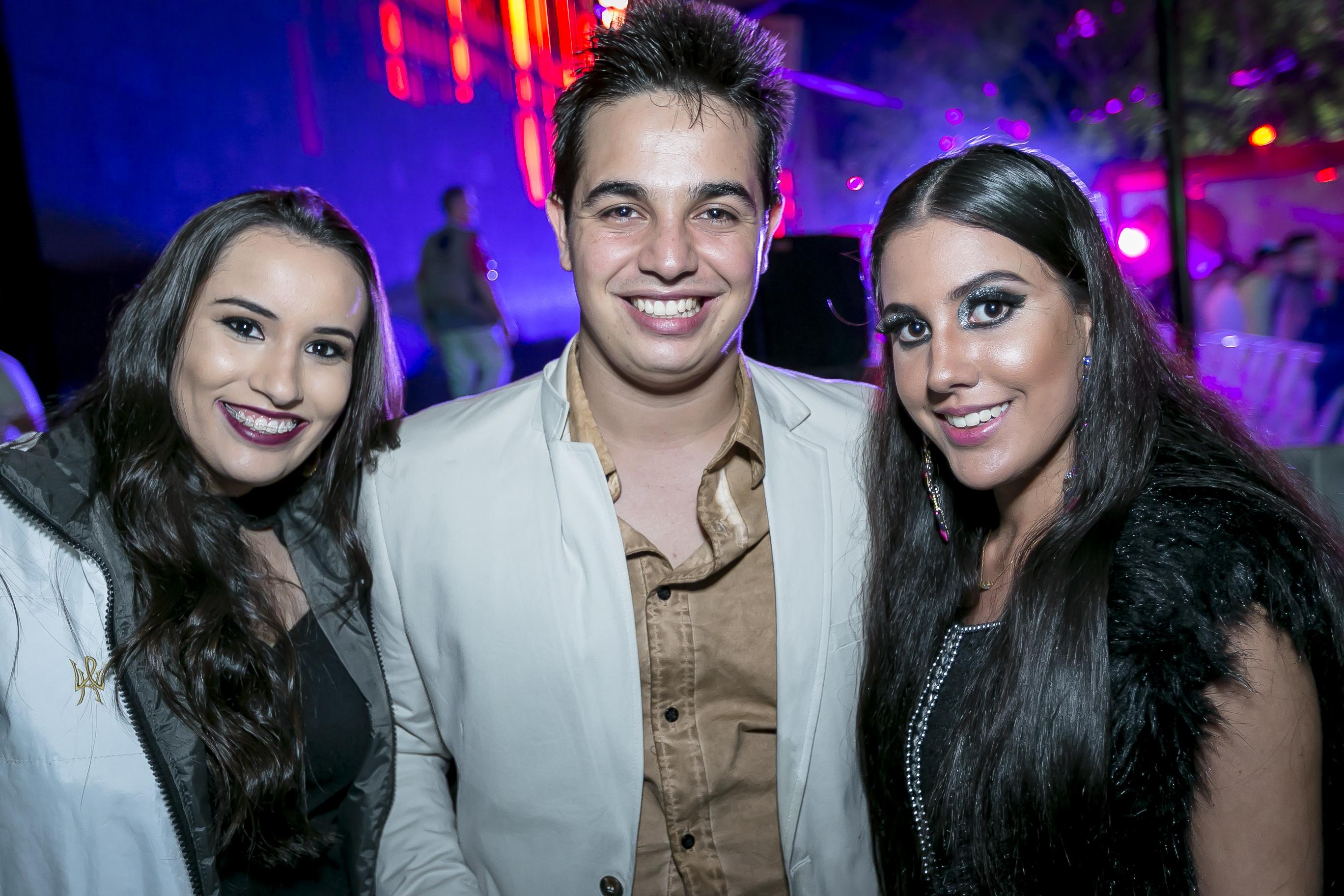 A psicóloga Maria Gabriela Campos, o executivo Murilo Henrique e a jornalista Nivia Galdino.