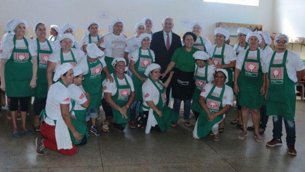 Embaixador da Itália no Brasil se surpreende com tamanho do Festival Italiano de Nova Veneza