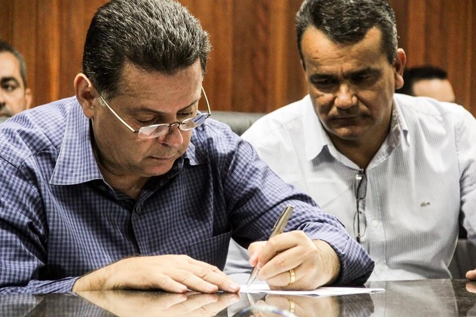 Em Abadia de Goiás, governo estadual firma convênio de R$ 2 milhões