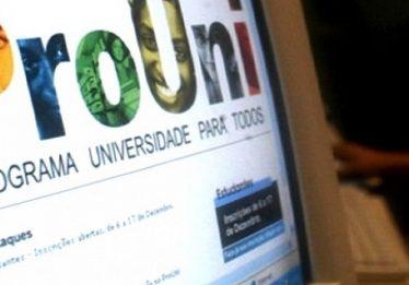 Selecionados no ProUni têm até sexta-feira para comprovar dados