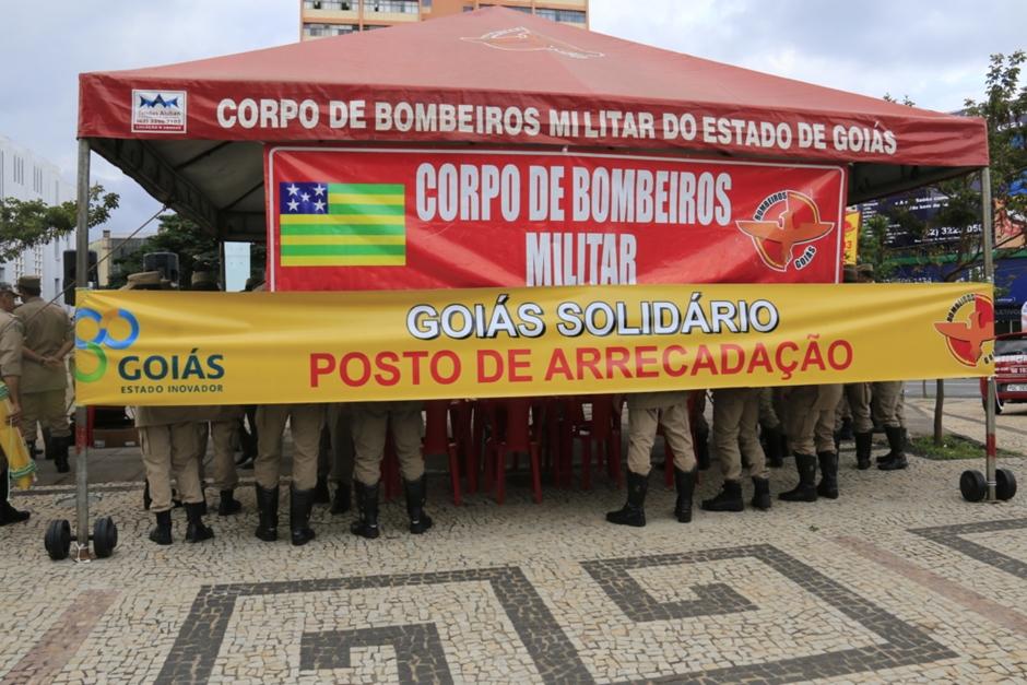 Corpo de Bombeiros arrecada alimentos destinados às vítimas de chuvas no Nordeste