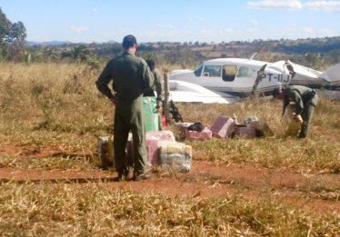 Graer localiza avião com meia tonelada de cocaína em Jussara (GO)