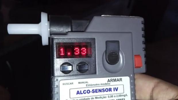 Instrutor de autoescola é preso embriagado na BR-060, em Santo Antônio da Barra