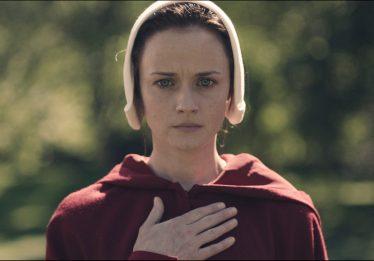 Nova temporada de 'Handmaid's Tale' ganha data de estreia na TV americana