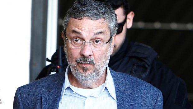 TRF-4 diminui pena, e Palocci vai deixar a prisão após dois anos detido
