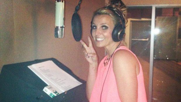 Britney Spears: versão demo e sem auto-tune de 'Toxic' cai na rede