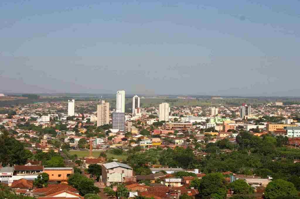 MP aciona oftalmologista que cobrava por procedimentos pelo SUS em Rio Verde