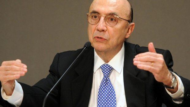 Meirelles diz a jornalistas estrangeiros que a economia brasileira vai bem