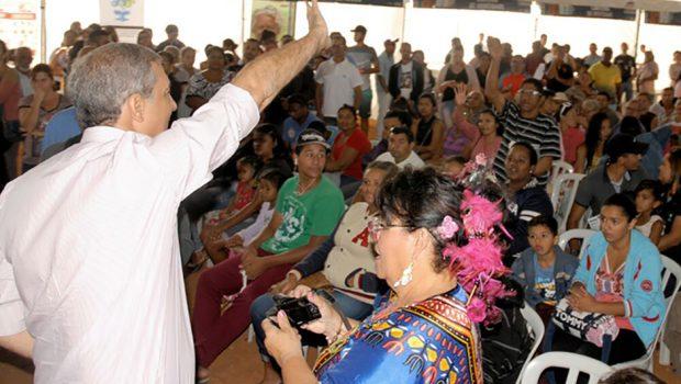 Em Novo Gama, José Eliton participa da 44ª edição do programa Ação Cidadã