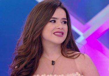 No Twitter, Maisa responde seguidora que a comparou com Larissa Manoela