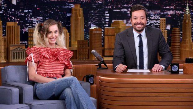 """Miley Cyrus, sobre fumar maconha: """"só ficava sentada em casa comendo"""""""