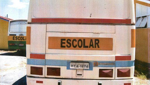 MP-GO aciona secretário e servidores de Cristalina por uso de ônibus do transporte escolar em festa particular