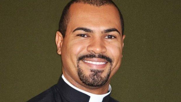 Padre acusado de abusar de adolescente em Caldas Novas é condenado a 15 anos de prisão