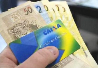 Governo vai liberar saque de contas do PIS/Pasep para idosos