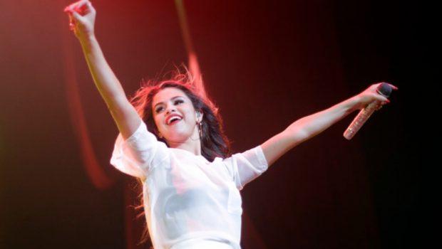 Selena Gomez revela que já gravou 20 músicas para novo álbum