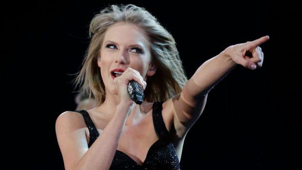 Taylor Swfit anuncia que estreará especial na Netflix na virada do ano