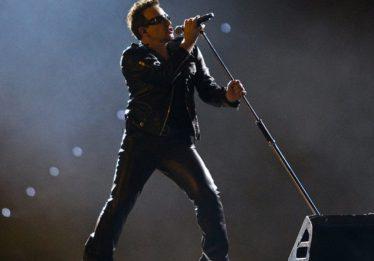 U2 anuncia terceiro show no Brasil