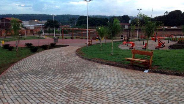 Prefeitura inaugura praça no Balneário Meia Ponte neste sábado (3)