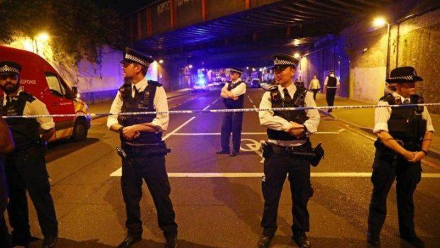 """Responsável por atropelamento em Londres gritou: """"vou matar muçulmanos"""""""