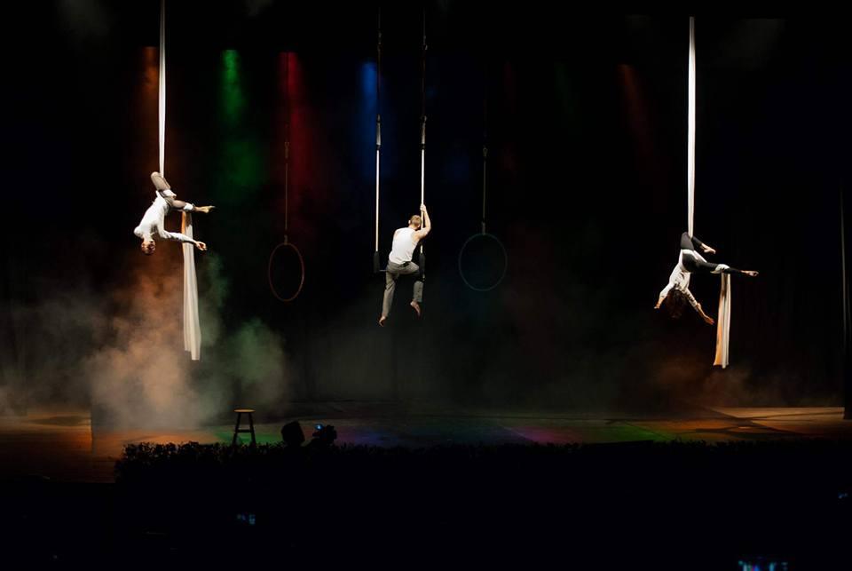 Cia Circense Catavento leva espetáculo Ao Esperar ao Teatro Sesc